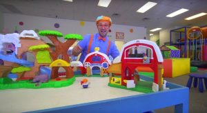Blippi at the Indoor Play Place Learning Movements 300x165 - Blippi at the Indoor Play Place | Learning Movements